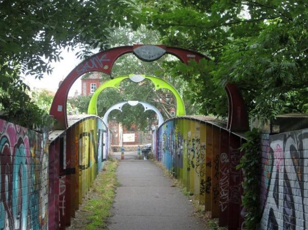 montpelier St Andrew's railway bridge